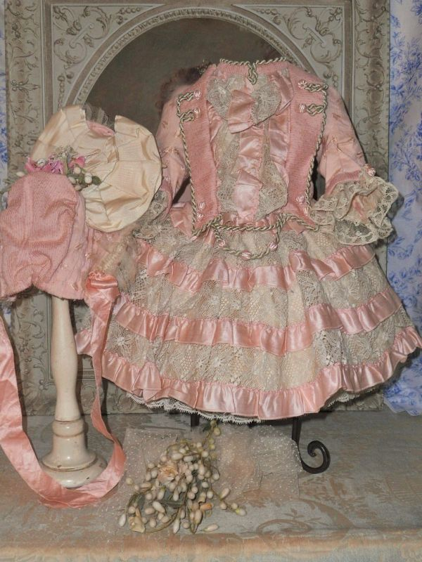 ~~~ Fancy French Pink Silk and Lace Bebe Costume with Bonnet ~~~
