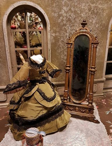 ~~~ Boudoir de Madame Stand Up Poupee Mirror / 1870 ~~~