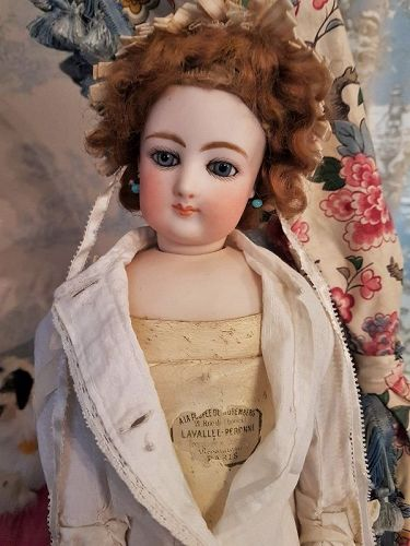 ~~~ Rare Lavallee-Peronne Mlle. Lily from France Attic Found ~~~