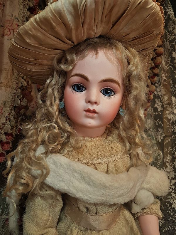 French Dee Dark Blonde Mohair Wig For Antique French Or German Doll Size 7-8