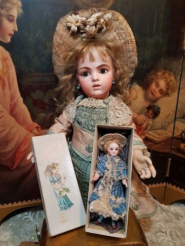 ~~~Pretty French All-Bisque Mignonette with Original Costume in Box ~~
