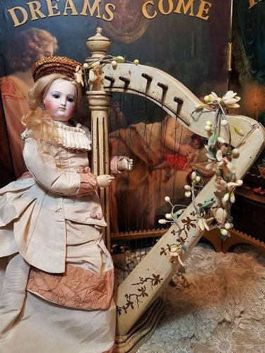 ~~~ Superbly French Doll Harp / France 19th. Century ~~~