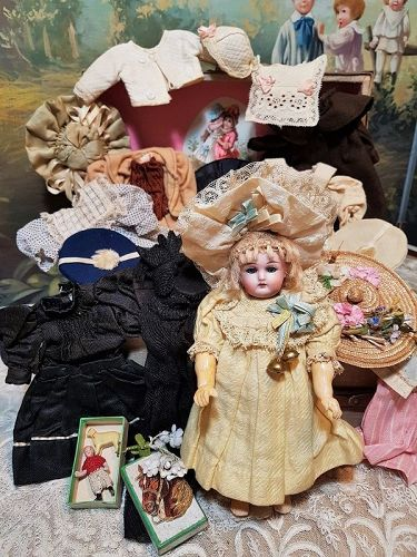 ~~~ Darling Early Tiny Bebe for French Market with Rich Trousseau ~~~