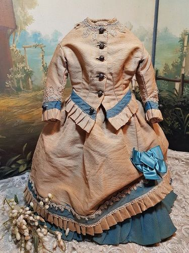 ~~~ Beautiful French 19th. Century Three Piece Fashion Gown ~~~