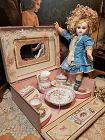 ~~~ Pretty French Doll´s Toilette in Presentation Box ~~~