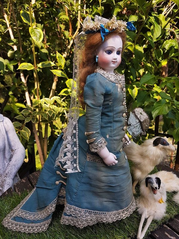 ~~~ Rare Early Poupee by Bru Jne et Cie in Original Costume ~~~