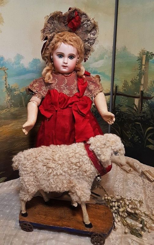 ~~~ Lovely Early Doll Friend Lamb with Squeaker ~~~