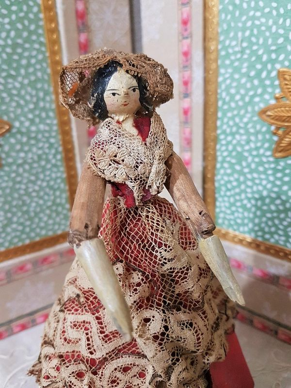 Rare Early Grodnertal Wooden Doll with superb Original Condition