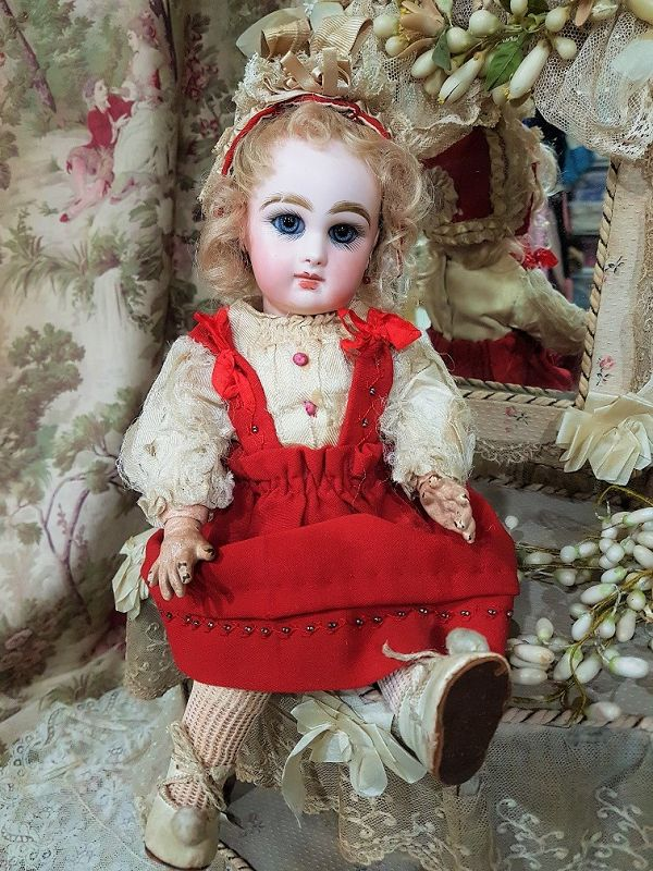 ~~~ Lovely size 3 Mademoiselle Jumeau in Original Clothing ~~~