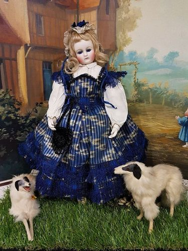 ~~~ Rare Early Poupee by Mademoiselle Rohmer in beautiful Costume ~~~