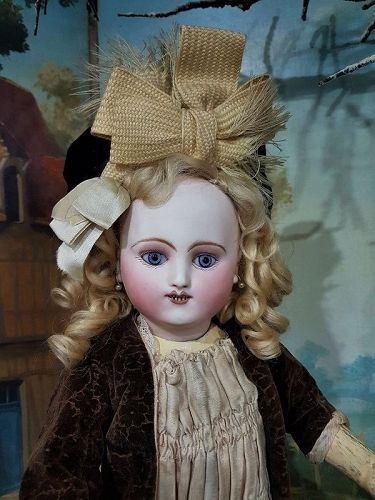 Rare Early Period French Bisque Bebe Steiner in original Condition