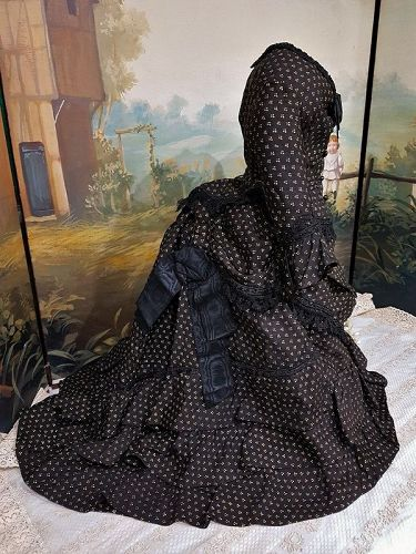 """Lovely Antique Three Piece Lady´s Gown with Train for ca. 24"""" / 25"""""""