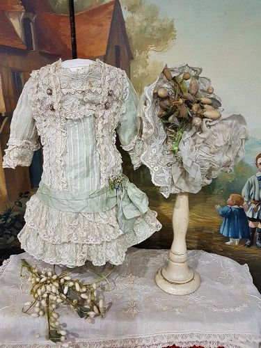 ~~~ Pretty French Bebe Muslin Costume with Bonnet ~~~