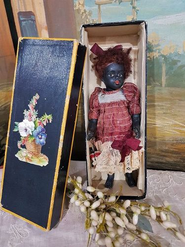 Rare French Barefeet all Bisque Mademoiselle Mignonette in Box