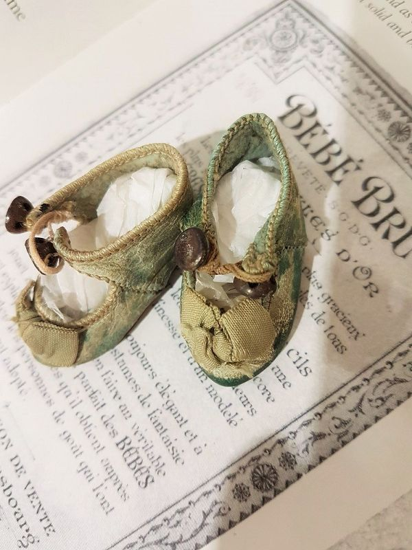 Very Rare Antique French Maison Bru Bebe Shoes in tiny Size 2
