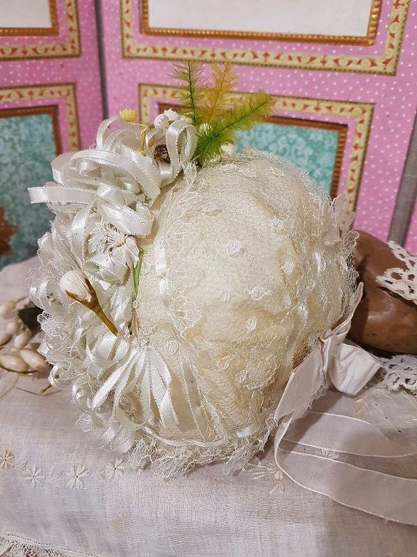 ~~~ Most Beautiful French Doll Bonnet near Mint ~~~