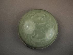 Chinese porcelain celadon seal paste box