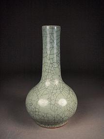 Chinese stoneware guanyao vase