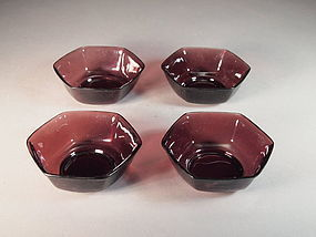 Chinese Beijing glass bowls (set of 4)