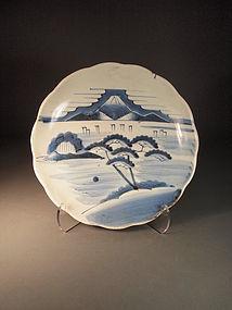Japanese Arita porcelain dish