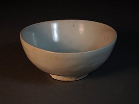 Chinese white glazed bowl
