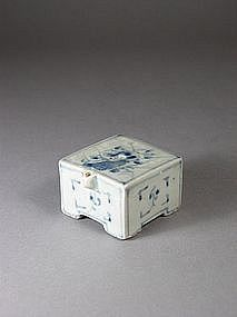 Korean blue and white porcelain square water dropper