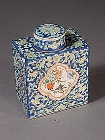 Chinese porcelain tea caddy with floral design