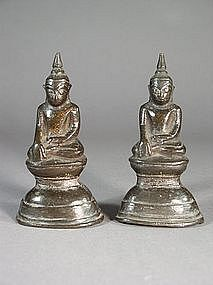 Pair of small Thai bronze Buddha sculptures