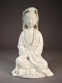 Chinese Dehua porcelain seated Guanyin figure