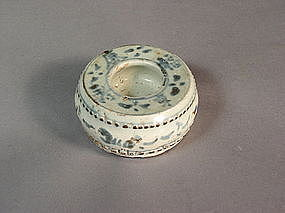 Chinese blue/white porcelain drumform water pot/weight