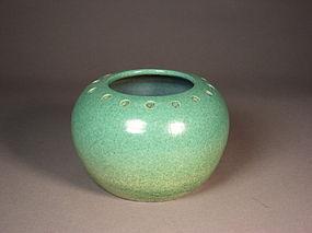 Chinese porcelain green souffle glazed jar