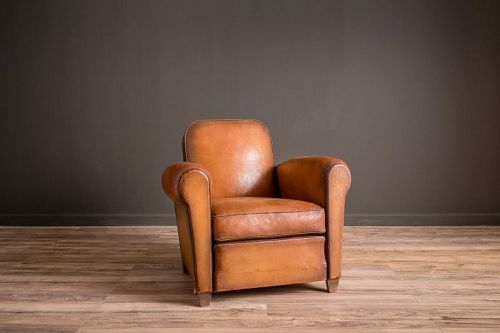 Vesoul Library French Club chair solo