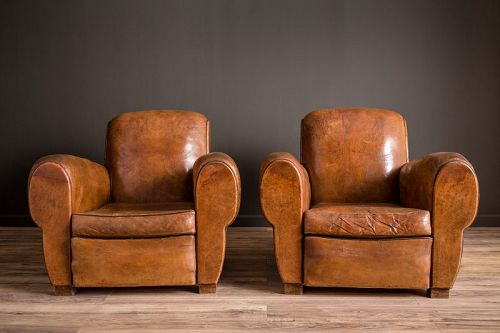 La Jura classic Rollback French Club Chairs