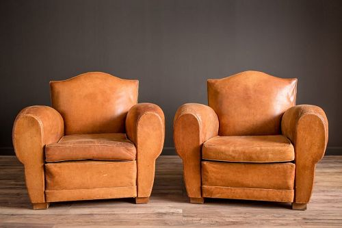 Giverny Gendarme light caramel pair French club chairs