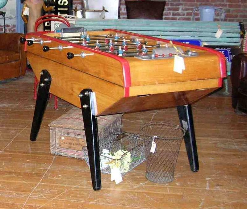 Archives Collectibles Toys Trocadero - Bonzini foosball table