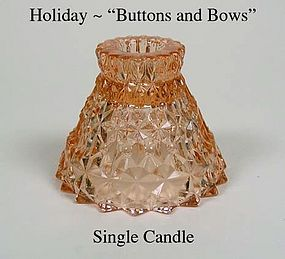 "Holiday ""Buttons and Bows"" Single Pink Candle"