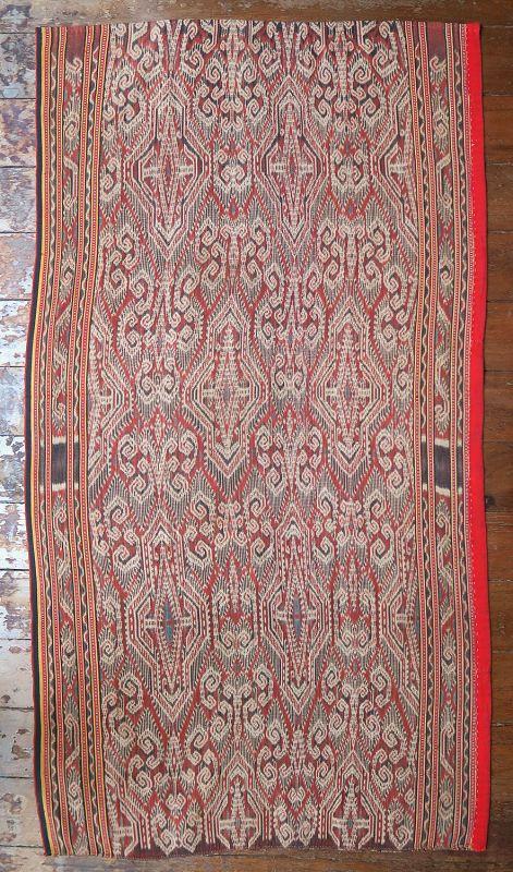 Borneo   early 20th c ikat Iban skirt (kain kebat /bidang)