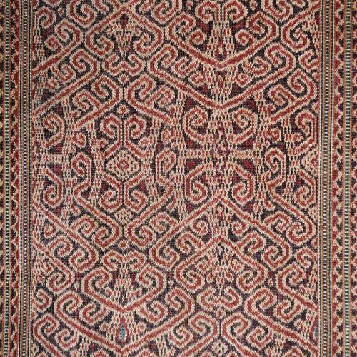 Kalimantan | early 20th C ikat Iban skirt (<i>kain kebat</i>)