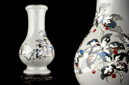 Japanese Cloisonne vase with Snow capped flower by Ando Jubei