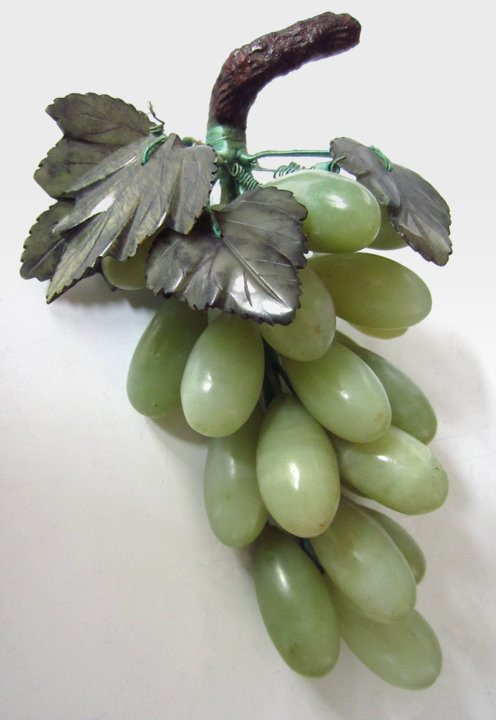 Chinese Jade Grapes