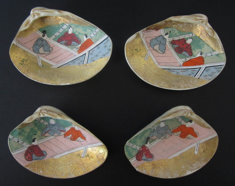 Japanese Antique Set of Four Painted Kaiawase Shells