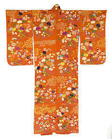 Antique Japanese Embroidered Chirimen Silk Kimono