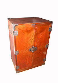 Unusual Antique Japanese Double Door Keyaki Tansu