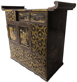 Antique Japanese Lacquer Altar Tansu