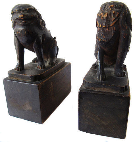 Momoyama Period Japanese Pair of Fu Dog Carvings from Kyoto Temple