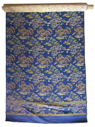 Japanese 12 Foot Roll of Un-Sewn Brocade Obi