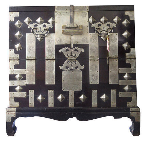 Antique Korean Bandaji (blanket chest) - Korean, Furniture From The Zentner Collection Of Antique Asian Art