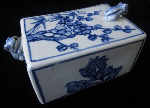Antique Korean Blue and White Water Dropper with Frogs