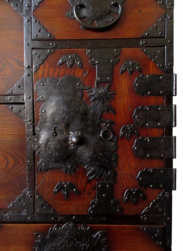 Antique Japanese Iwayado Tansu with Phoenix and Fu Dogs