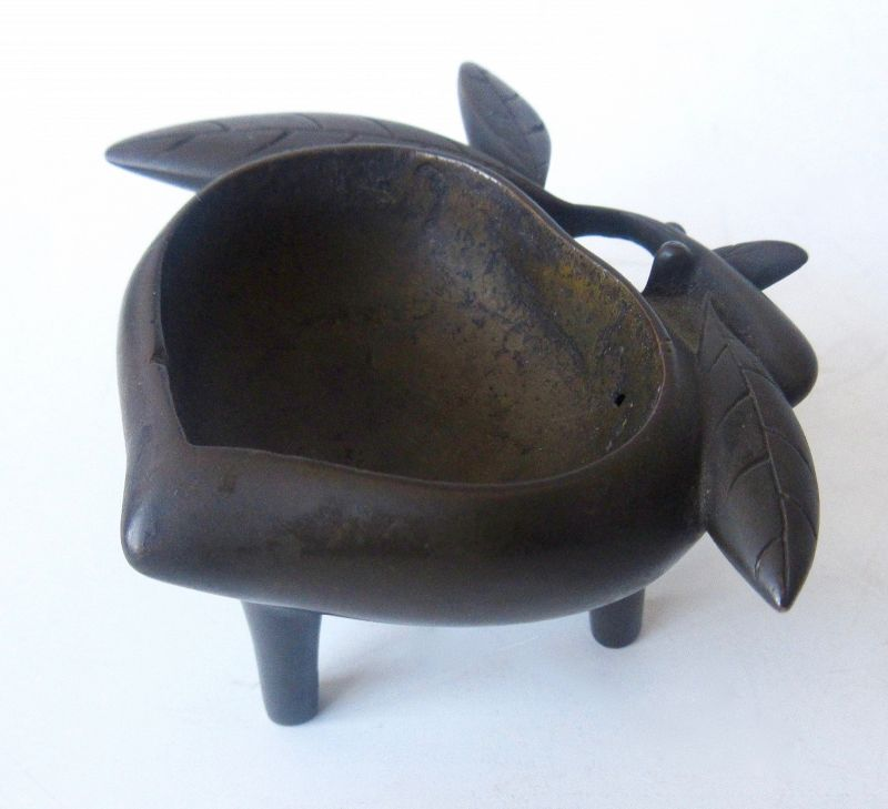 Antique Chinese Bronze Peach Censor